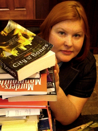 Cassandra-clare-author-photo
