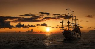 the-most-infamous-pirate-ships-in-history-1050x543